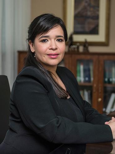 ABG. BETTINA MARCELA LEGAL BALMACEDA